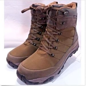 83c10ce50 North Face Mens Chilkat Nylon Winter Hiking Boots